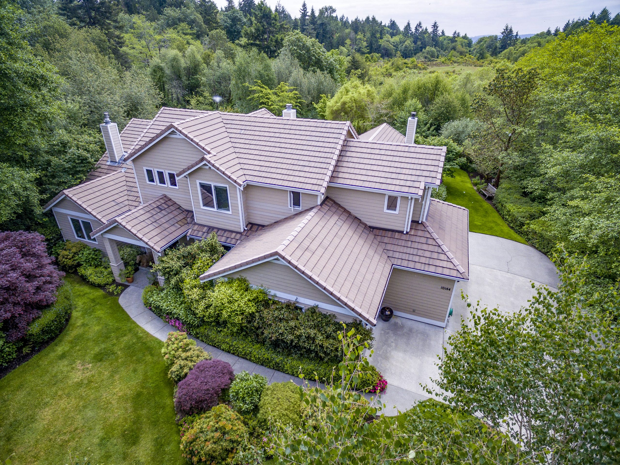 Just Listed by Susan Grosten